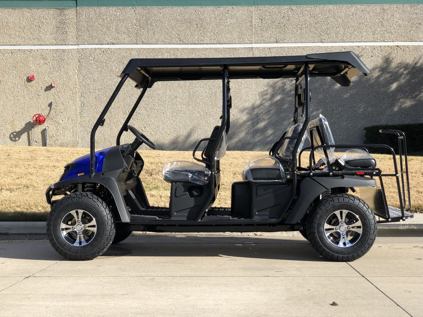 CAZADOR LIMO 400EFI 6 SEAT GOLF CART - FULLY ASSEMBLED/ FREE SHIPPING